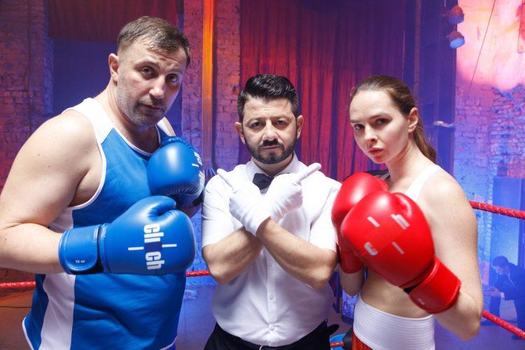 На какие крючки маркетологов попадалась звезда сериала «Мамочки» Елена Николаева?
